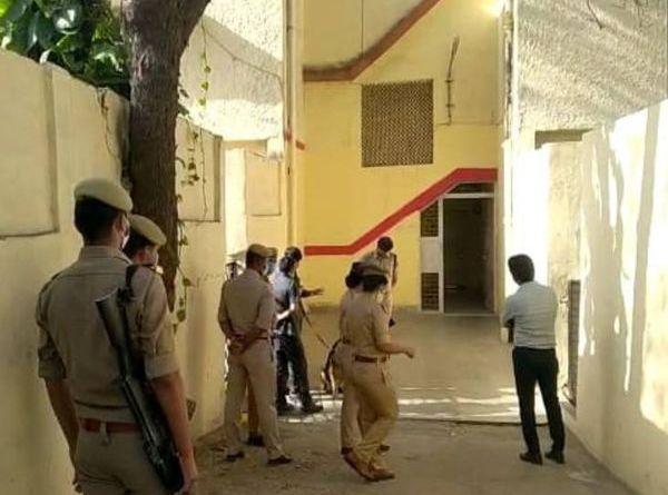 राजधानी लखनऊ के VVIP इलाके में हत्या, रेस्ट हाउस में मिला नौकर का शव
