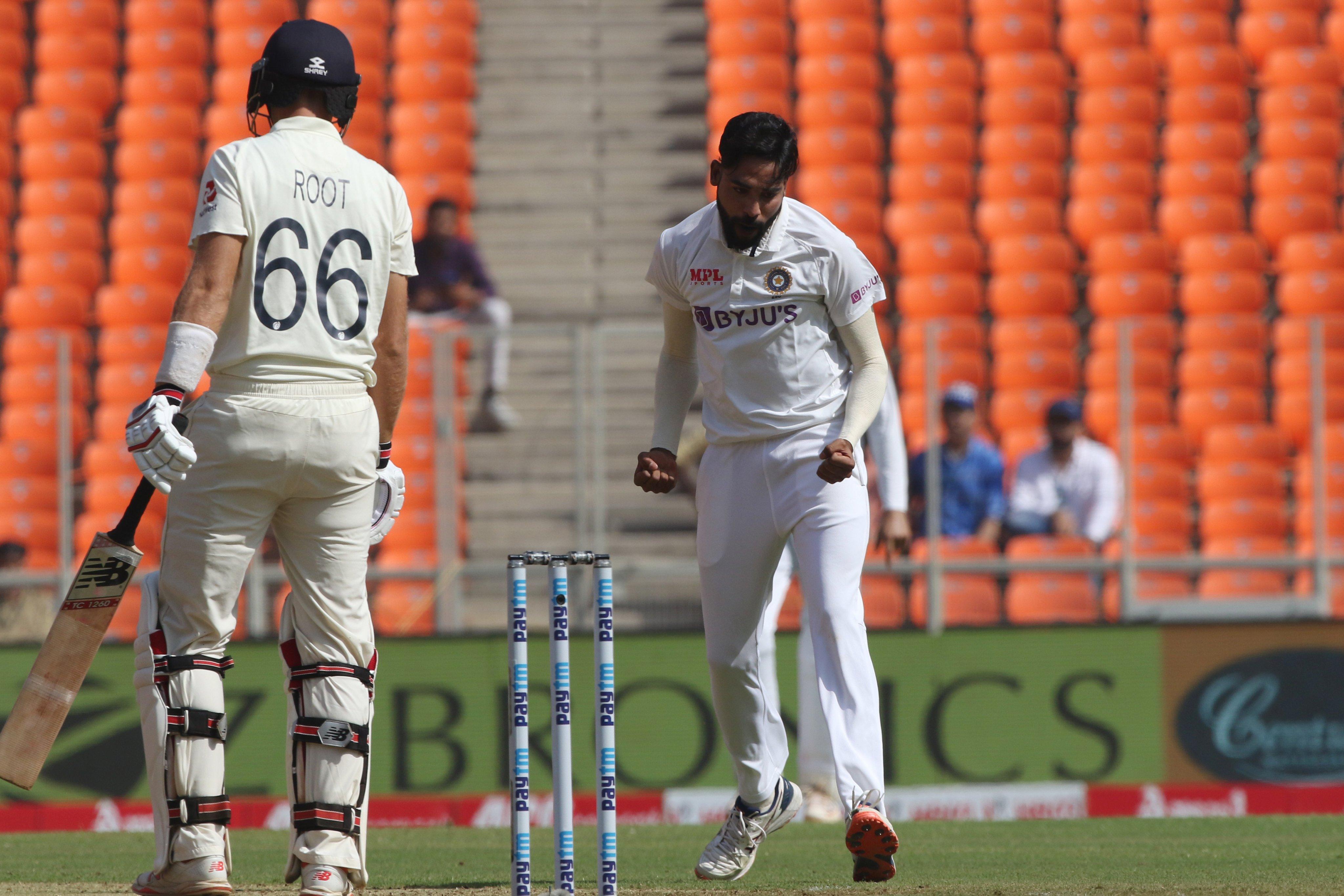 LIVE Ind vs Eng, 4th Test Day-1: इग्लैंड पर हावी हुए भारतीय गेंदबाज, आधी टीम पवेलियन लौटी