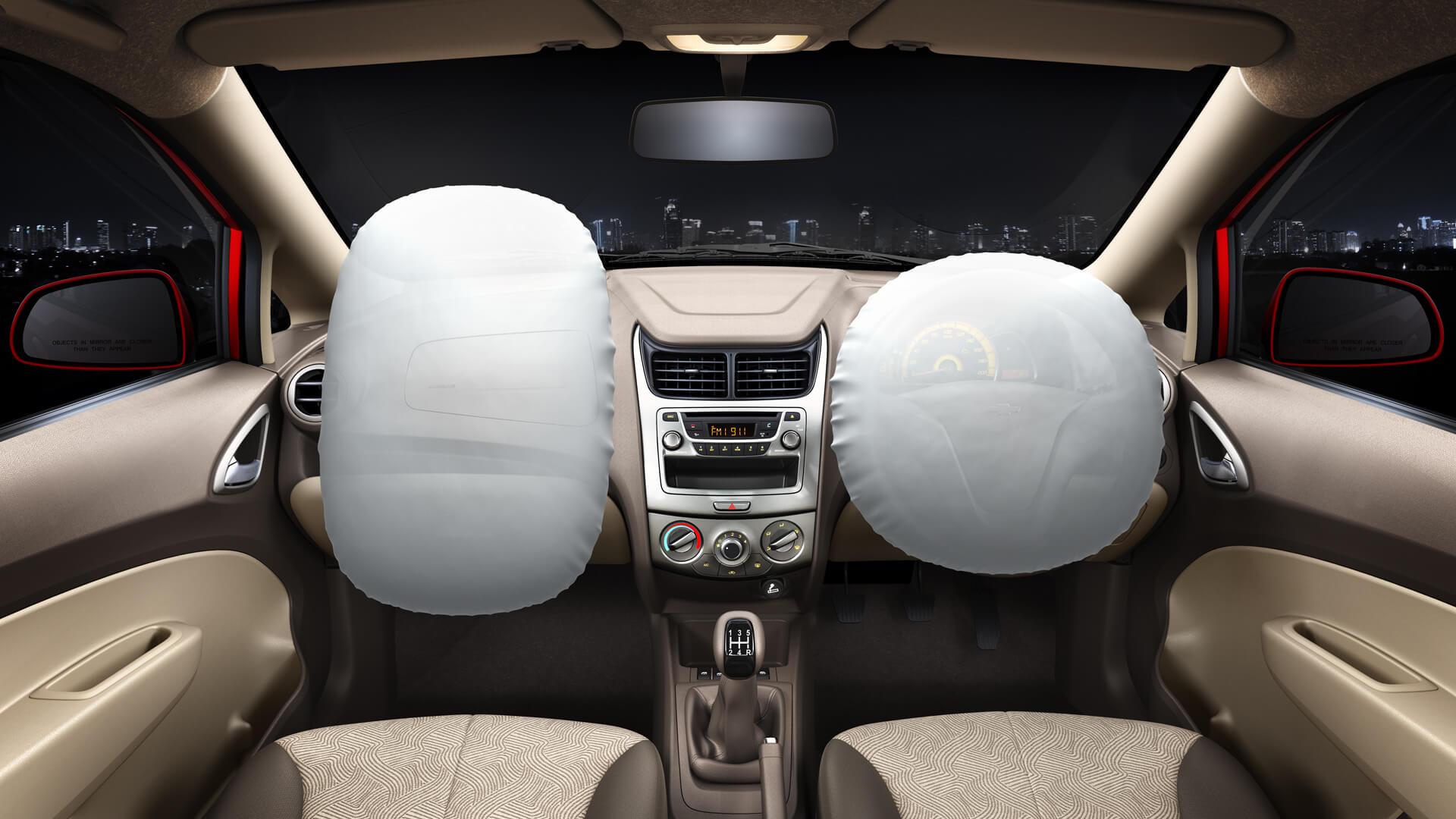 अब कार में जरूरी होगा डबल एयरबैग, 1 अप्रैल से लागू हो रहा है नया नियम