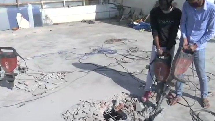 बाहुबली मुख्तार अंसारी की 'सल्तनत' पर LDA का बुलडोजर, ध्वस्त की जा रही इमारत