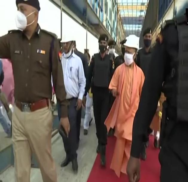 जालौन में सीएम योगी ने देखा बुंदेलखंड एक्सप्रेस-वे का काम, बुंदेलखंड को दी करोड़ों की सौगात