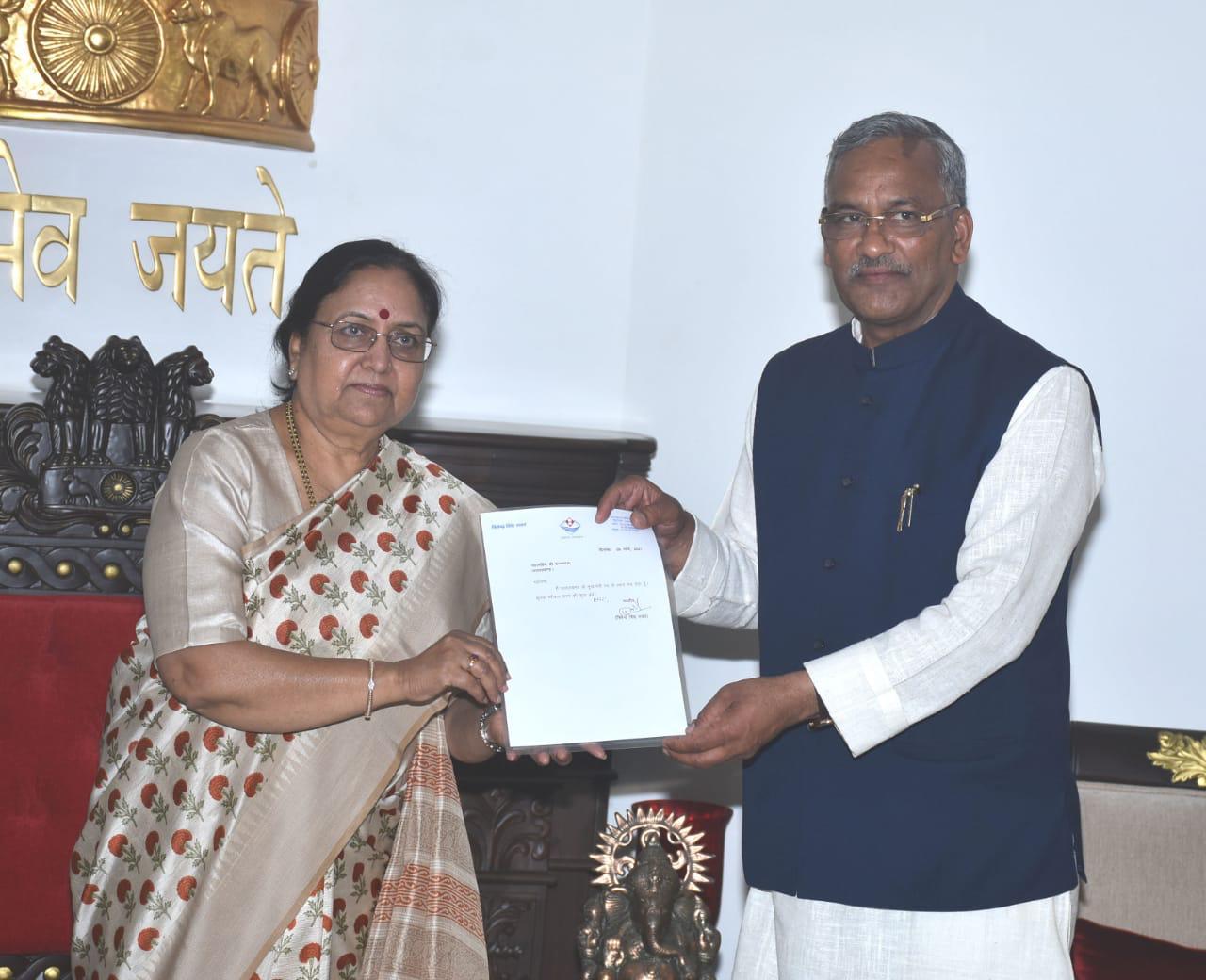 सीएम पद से त्रिवेंद्र सिंह रावत ने दिया इस्तीफा, बोले- पार्टी ने मुझे स्वर्णिम अवसर दिया