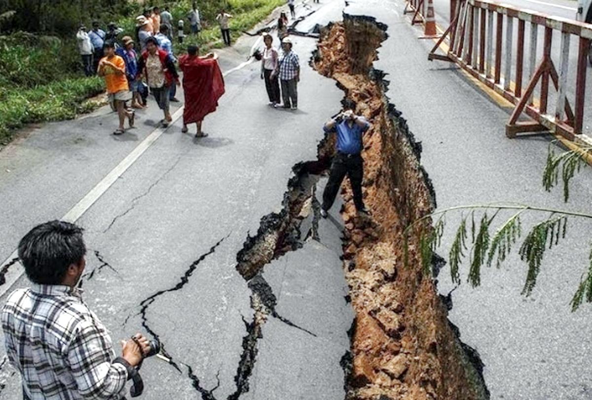 अफगानिस्तान में भूकंप, भारत में झटकों से टूटी दिल्लीवालों की नींद, पाकिस्तान में भी कांपी धरती