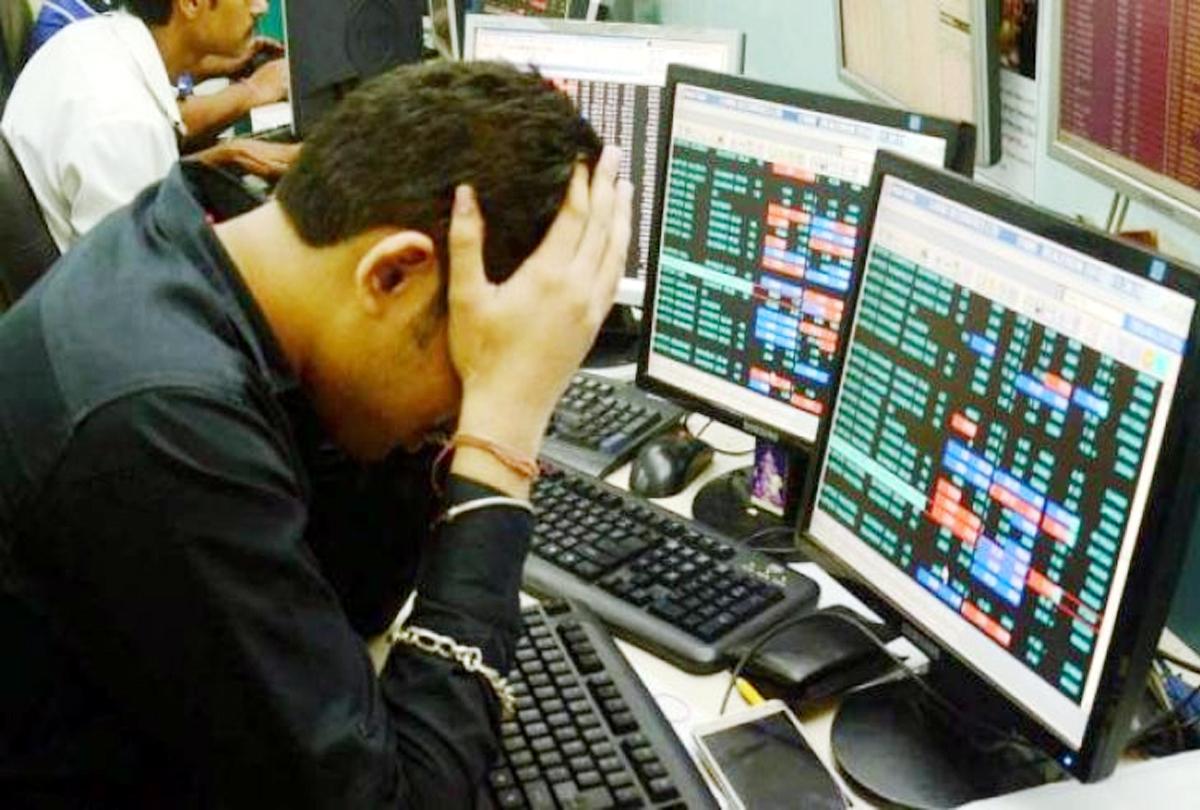 शेयर बाजार पस्त, निवेशकों के 2 लाख करोड़ डूबे