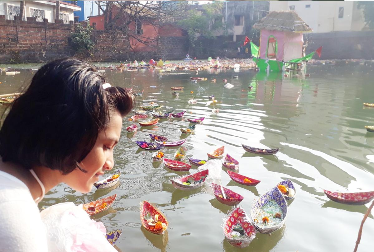 कार्तिक पूर्णिमा: अयोध्या में कम हुई श्रद्धालुओं की भीड़, पढ़िए इस त्योहार का महत्व और देव दीपावली के शुभ मुहूर्त के बारे