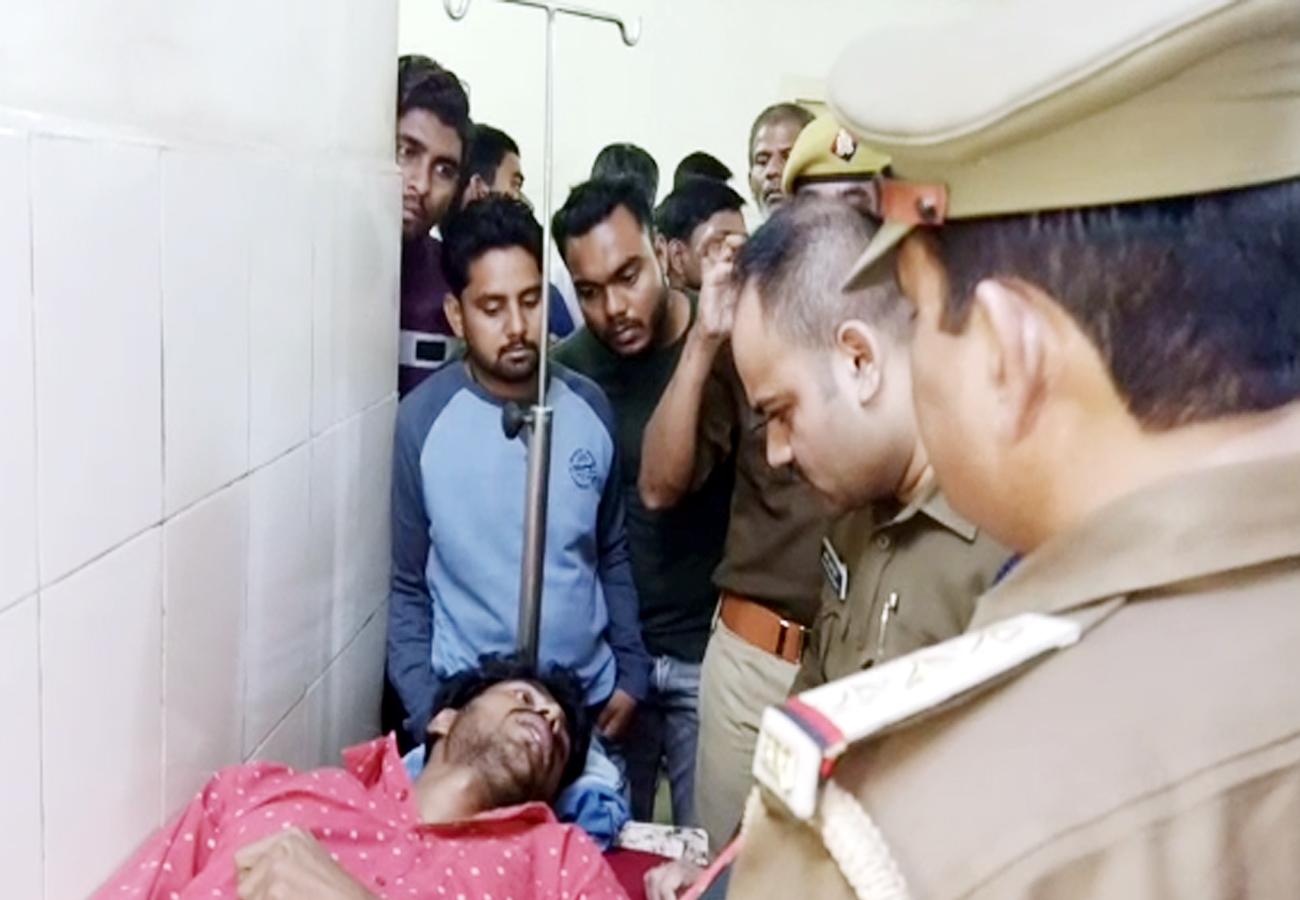 यूपीः गोरखपुर में जमानत पर छूटते ही हत्यारोपी पर ताबड़तोड़ फायरिंग, थाने के पास हुई वारदात से पुलिसवाले हैरान