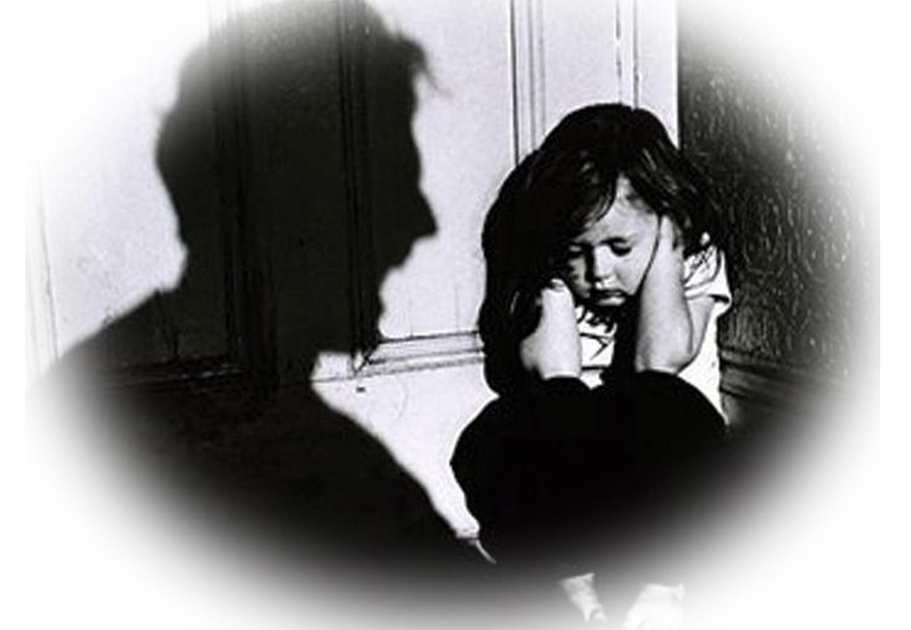 यूपी: फतेहपुर में मासूम के साथ बलात्कार, आरोपी पड़ोसी की तलाश कर रही पुलिस