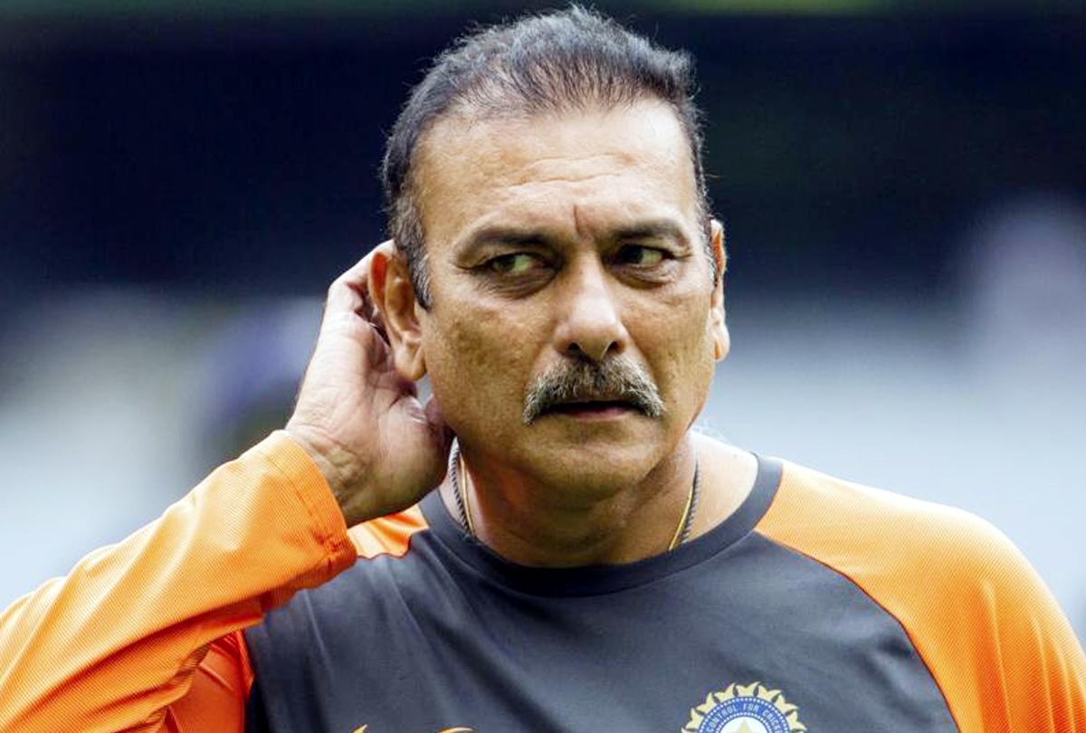रवि शास्त्री की सैलरी में 20% का इजाफा, जानिए अब कितने करोड़ होगी टीम इंडिया के हेड कोच की कमाई