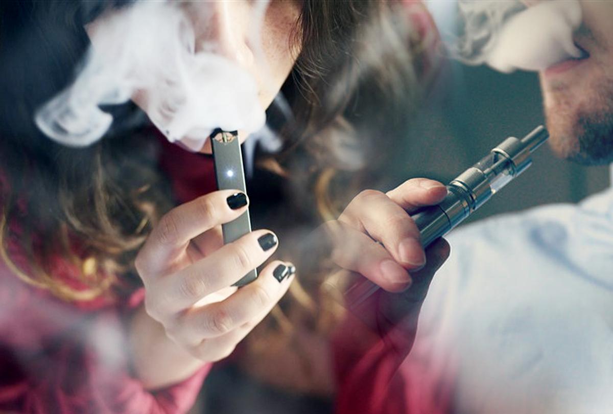 अब पुलिस थाने में जमा करा दें अपनी ई-सिगरेट, प्रतिबंध के उल्लंघन पर एक लाख का जुर्माना और जेल